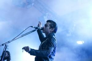 Arctic-Monkeys-3